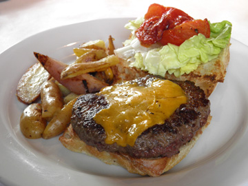 B1W Meyer's Farm Burger