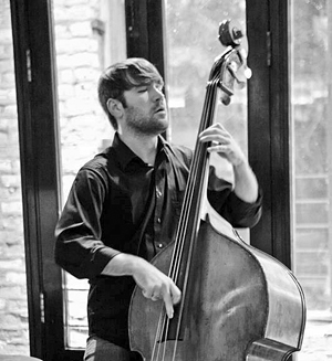 Graham Czach jazz photo bw 300 pixels for ET
