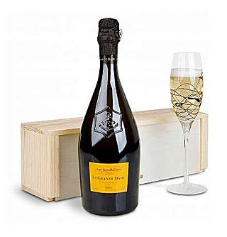 Veuve Clicquot Ponsardin La Grande Dame Champagne