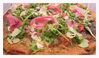 Proscuitto Mozzarella Tomato Pesto Parmesan Arugula Flatbread 12_300